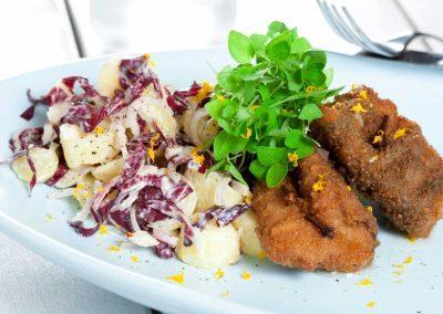 Stegte sild med sprød kartoffelsalat